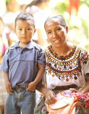 スンパンゴ村の生産者たち