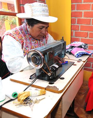 チバイ村の生産者たち